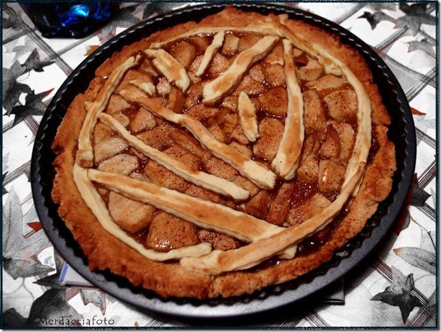 crostata di mele e marmellata